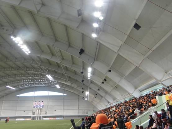 叶卡捷琳堡市室内足球场开馆仪式现场人山人海
