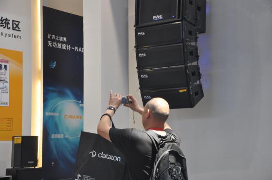 无功放设计扩声系统深深地吸引了客户