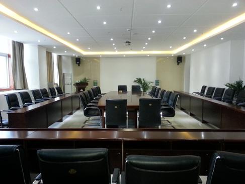 四川信息学院会议室